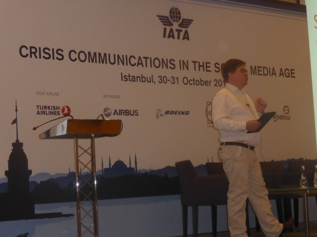Stuart Bruce crisis communications keynote for IATA photo