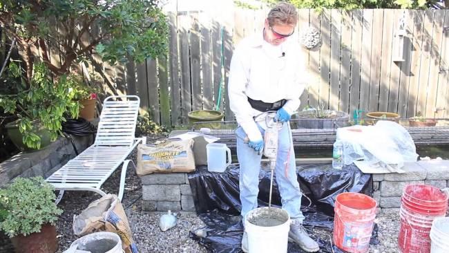 Quikrete one coat cement plaster, Mixing Quikrete in buckets