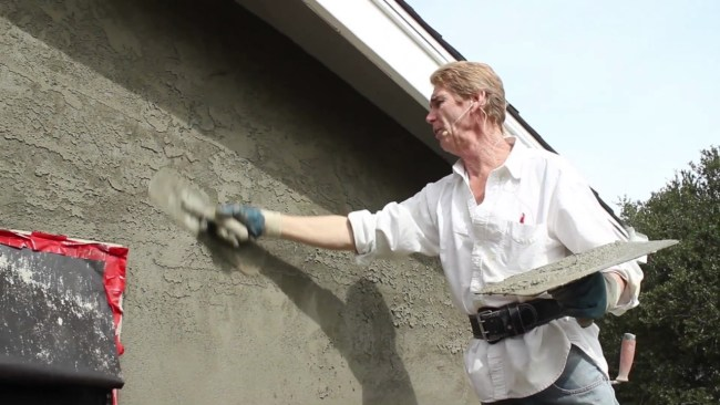 Teaching Skip troweling with base coat cement plaster