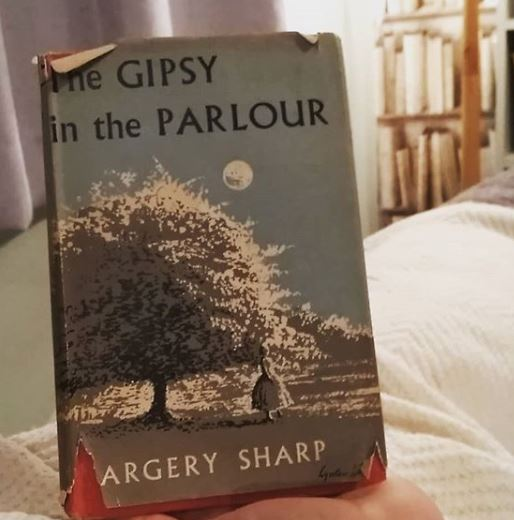 The Gipsy in the Parlour by Margery Sharp