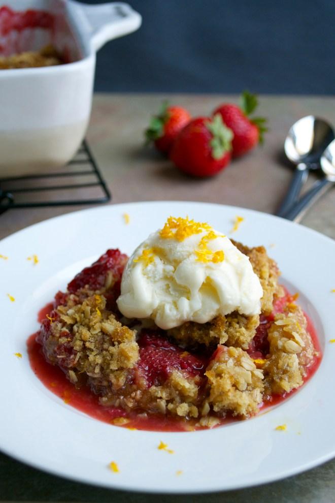 strawberry rhubarb crisp 5