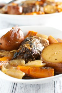 Red Wine Slow Cooker Short Ribs with Potatoes, Carrots, and Onion