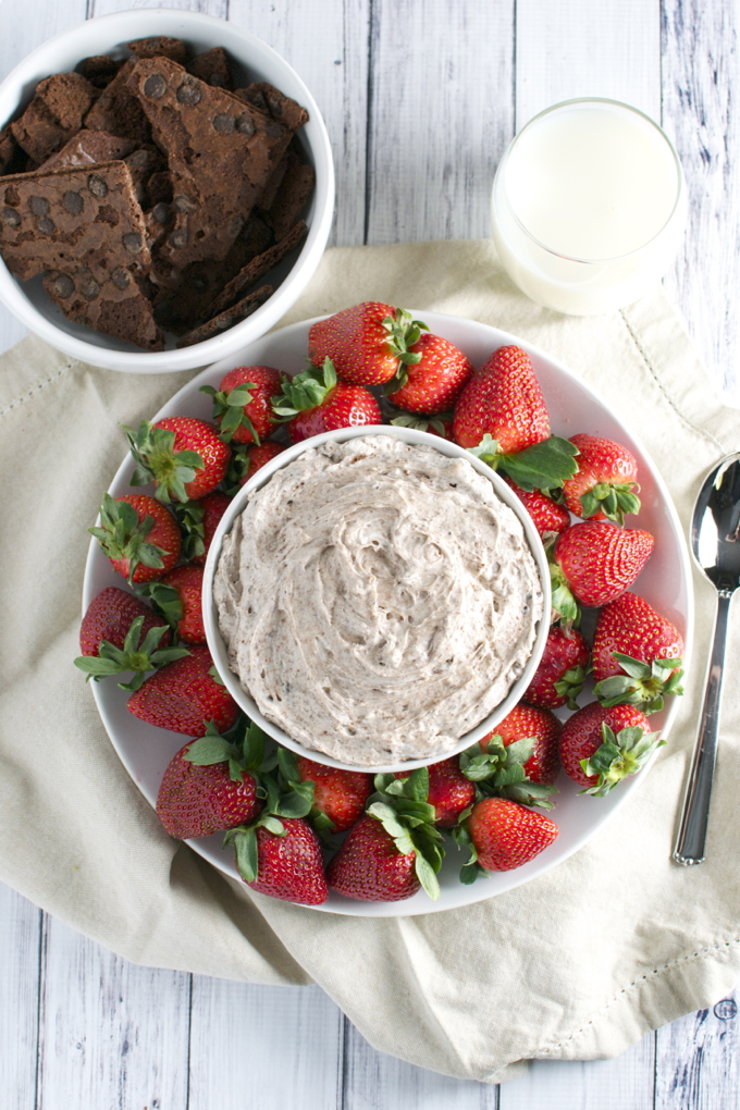 Brownie Brittle Fruit Dip | stuckonsweet.com
