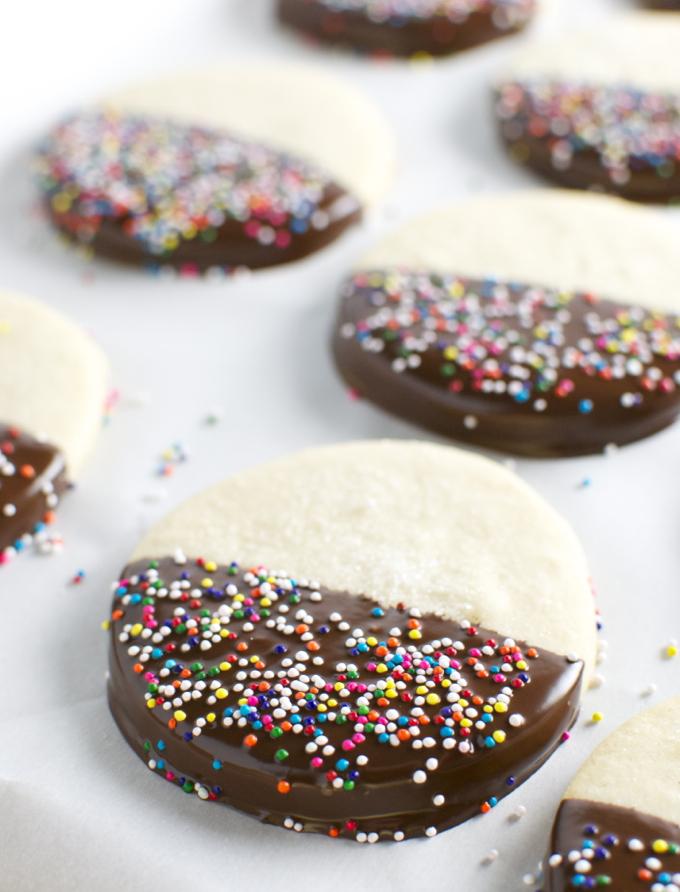 Chocolate Dipped Butter Cookies | stuckonsweet.com