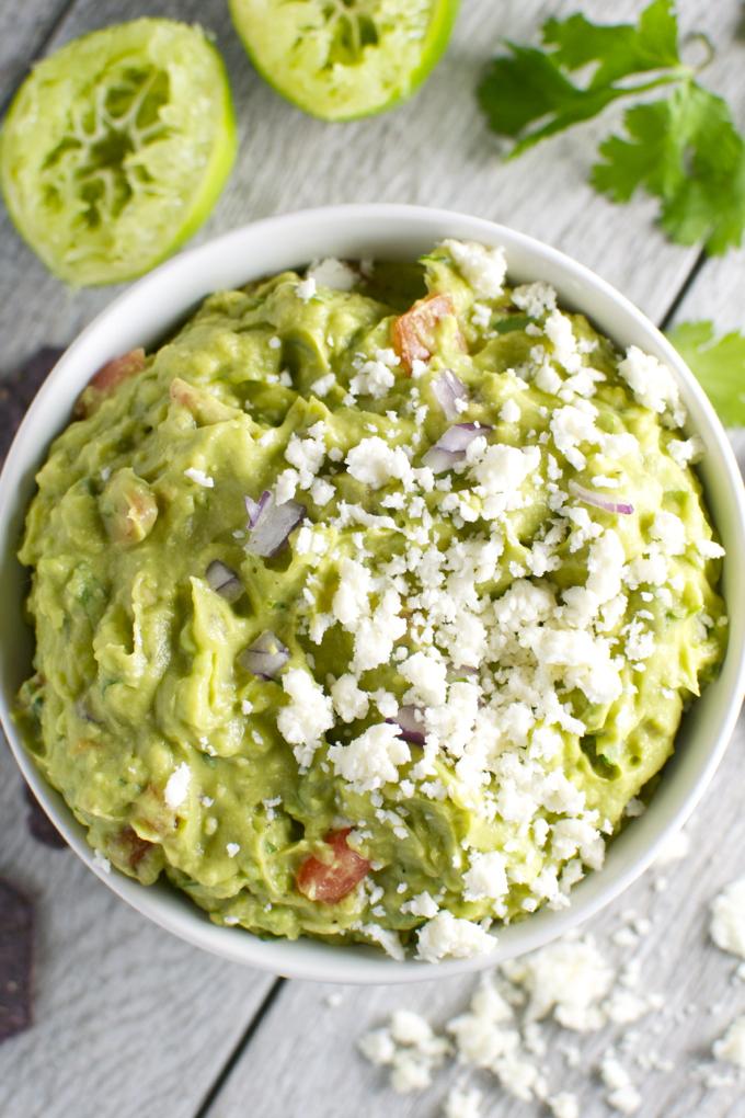 The Best Guacamole Recipe | www.stuckonsweet.com