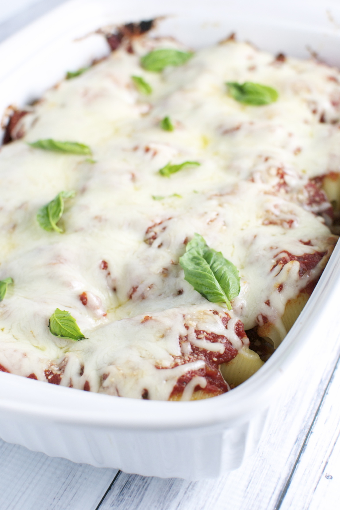 Italian Stuffed Shells | www.stuckonsweet.com