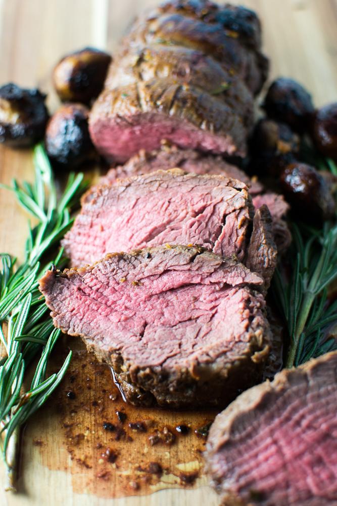 Roasted Beef Tenderloin | www.stuckonsweet.com