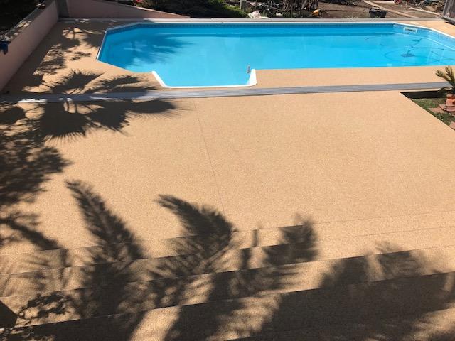 terrasse granulat et résine - stucopierre