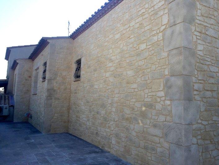 Rénovation façade enduit effet pierre