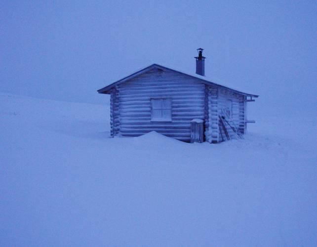 Aliakkajärven tupa, foto Julius Mäkelä