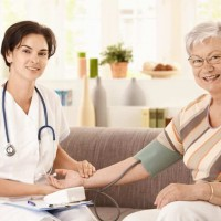 Certified Nursing Assistant / freecnatrainingclasses.org / Student Caring