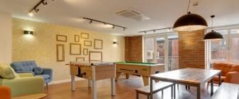 06-fresh-student-living-sheffield-cornerhouse-02-social-space-photo-02-990x411.jpg