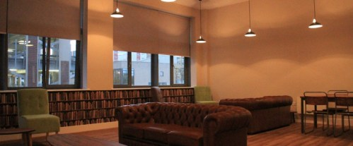 fresh-student-living-glasgow-collegelands-02-social-space-photo-04-990x411.jpg