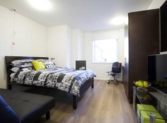 311_highburypremiumen-suite.jpg