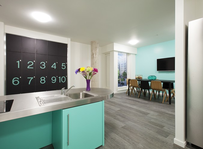 377_city-kitchen-and-lounge-4.jpg