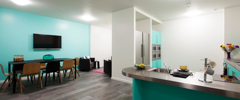 390_city-kitchen-and-lounge-1.jpg