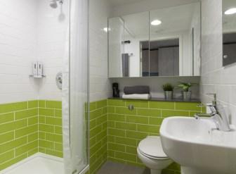 804_aldgate-platnum-studio-bathroom.jpg