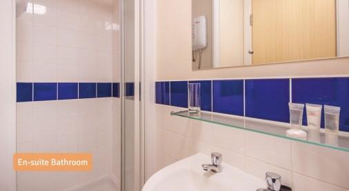 En-suite-Bathroom2.jpg