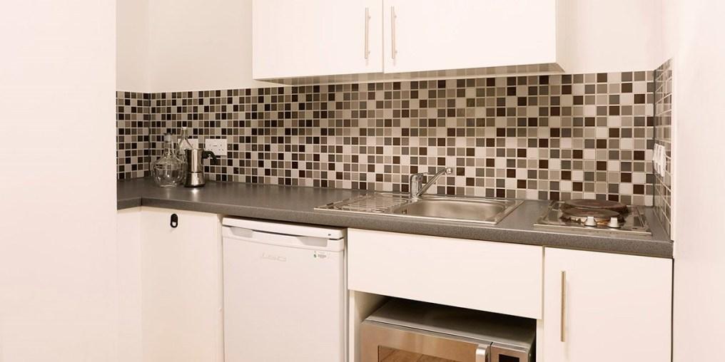 raf_silver_studio_901_kitchen_rtc.jpg