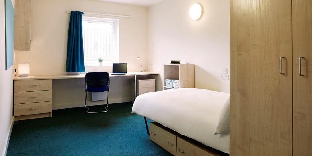 room_aspley_silver_ensuite_a02d_rtc.jpg