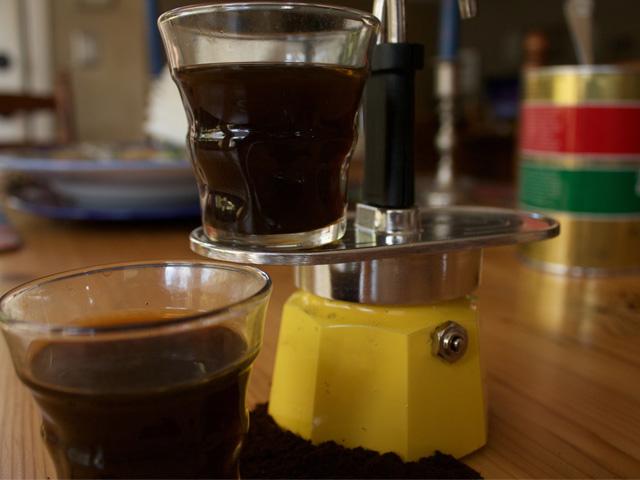 bialetti-italian-coffee-pot-caffetteria-italiana-youtube-video-demontration