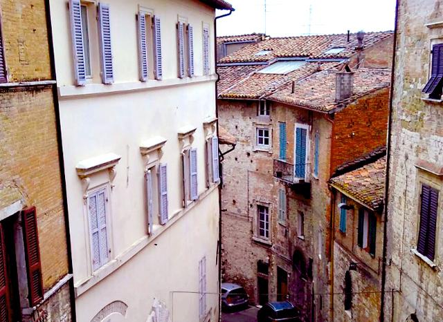 ishita-sood-studentessa-matta-reader-explains-why-she-learns-italian