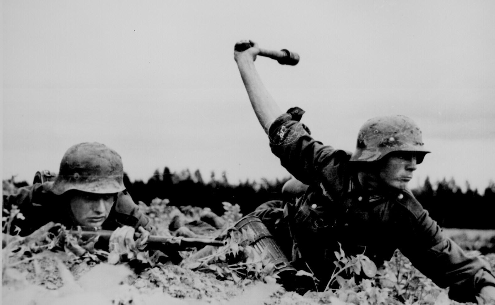 Nazi German Troops In Russia