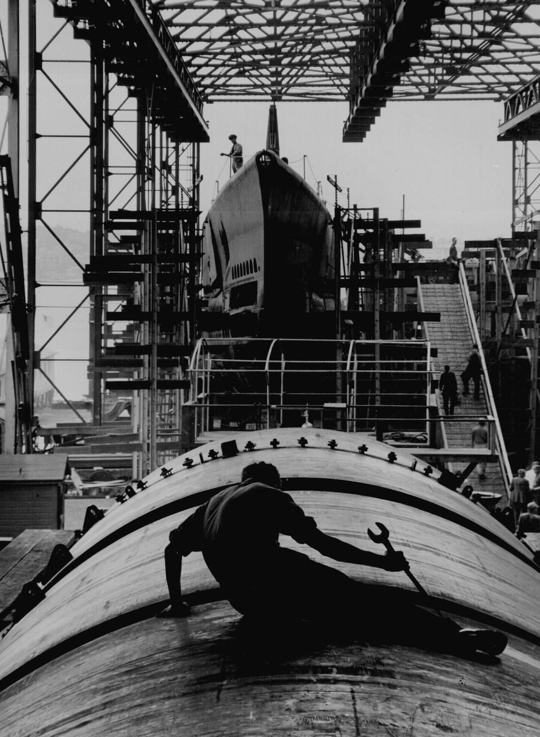 Submarine Building