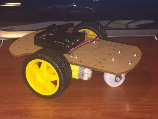 Line_following_robot with chassis