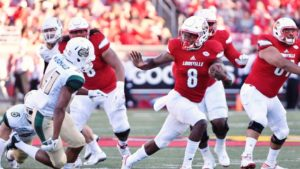 Contender or Pretender?: Did Lamar Jackson Become a Heisman Candidate?