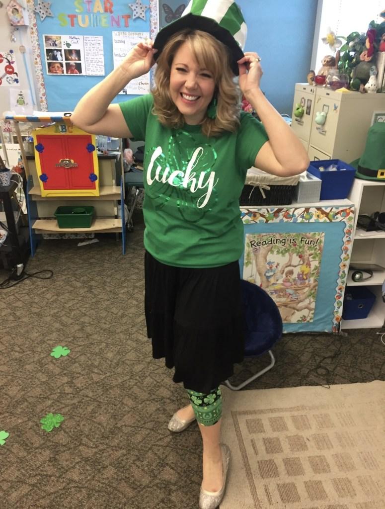 Studies Weekly's Teacher Advocate, Debbie Bagley, in her kindergarten classroom.