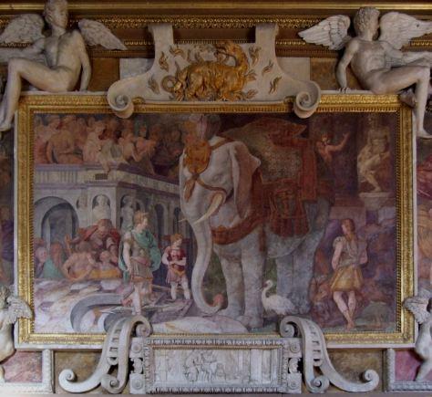 L'éléphant comme symbole du pouvoir royal (fresque de Rosso pour Fontainebleau, 1534-1540).