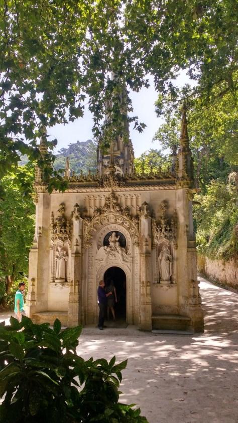 Chapelle actuelle qui se trouve non loin du Palais, dans les jardins.