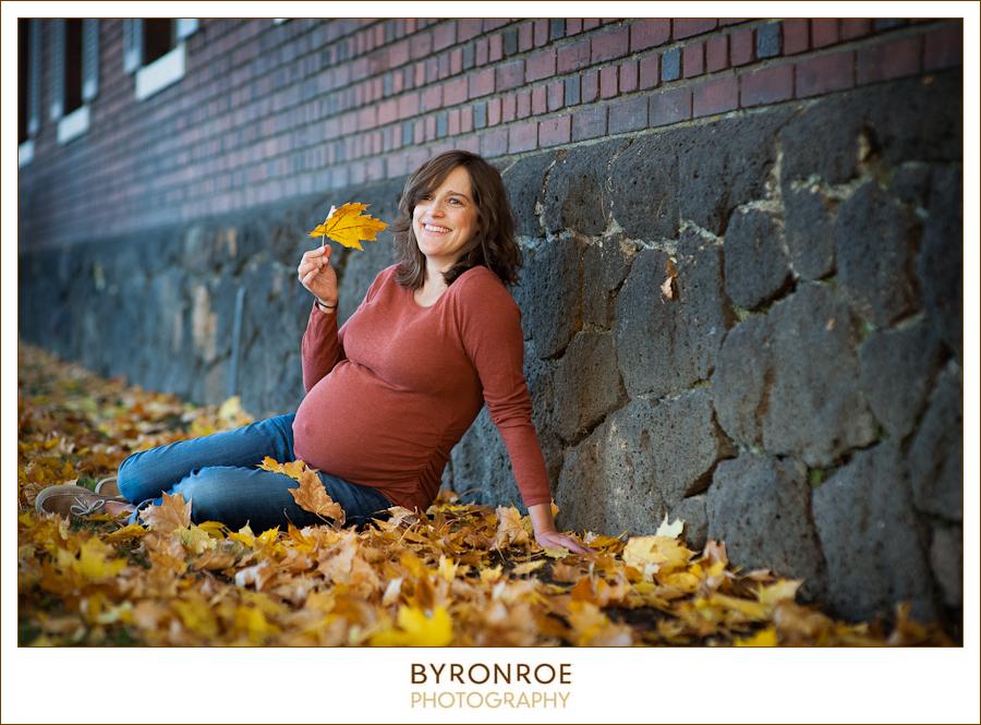 Kendra A Fall Maternity Photography Session  Drake