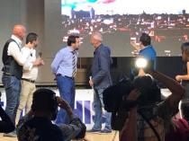 Massimiliano Gabrielli e Matteo Salvini sul palco a Fiumicino