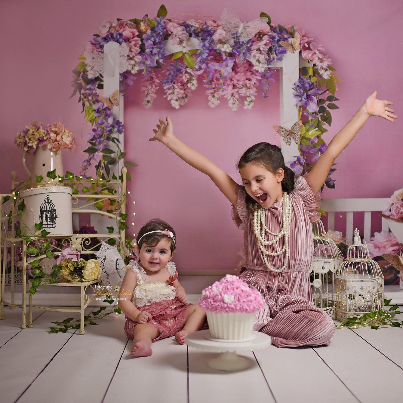 cakesmash met zus.jpg