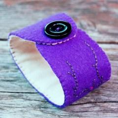 sieraad wol paars kopen Studio Paars rood grijs cuff armband red purple grey gray bracelet