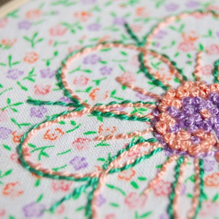 voorbeeld workshop vrij borduren - bloem detail