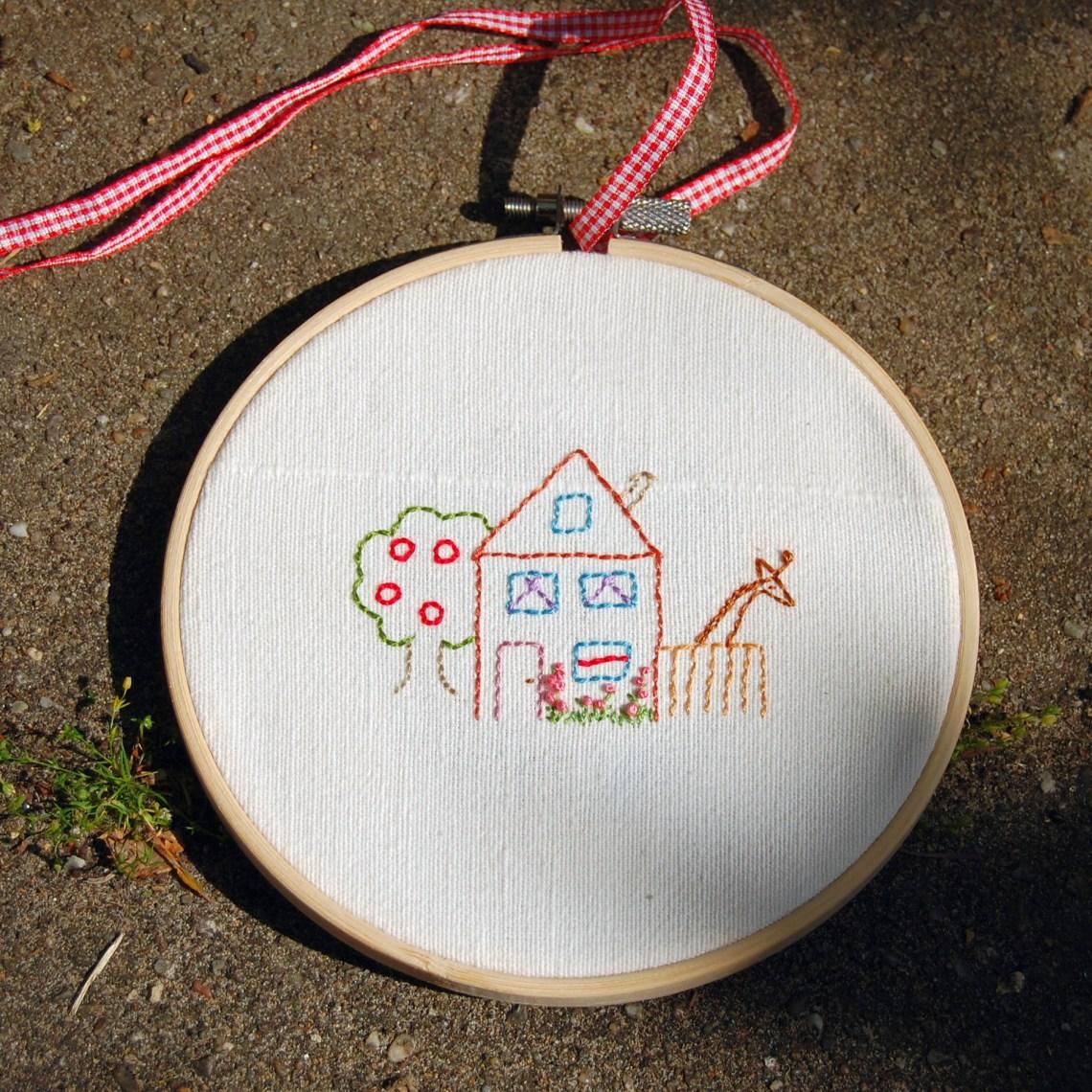 borduurring huisje boompje  beestje door studio paars