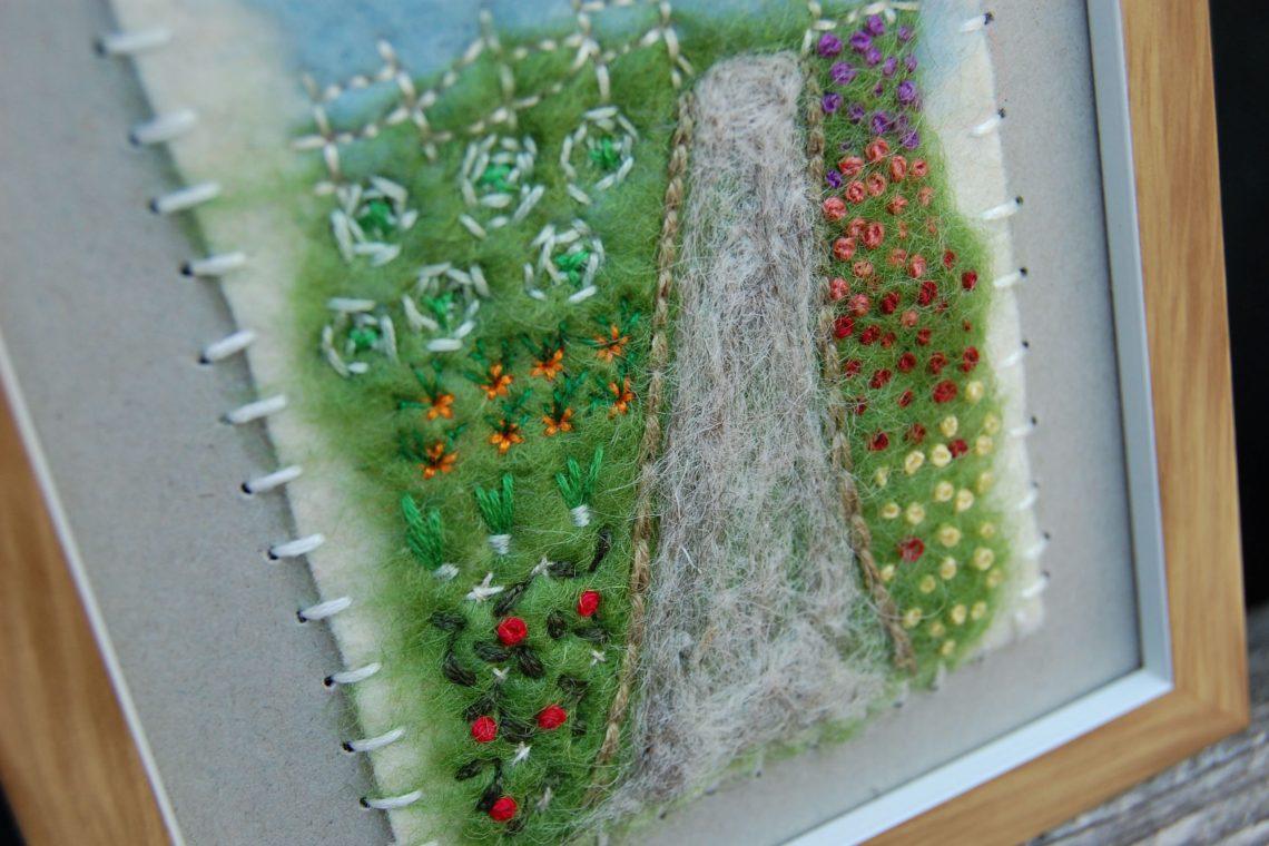 Wol, vilten & borduren door studio paars - tuinpad moestuin