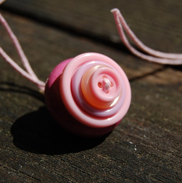 knopenketting #09 roze door studio paars