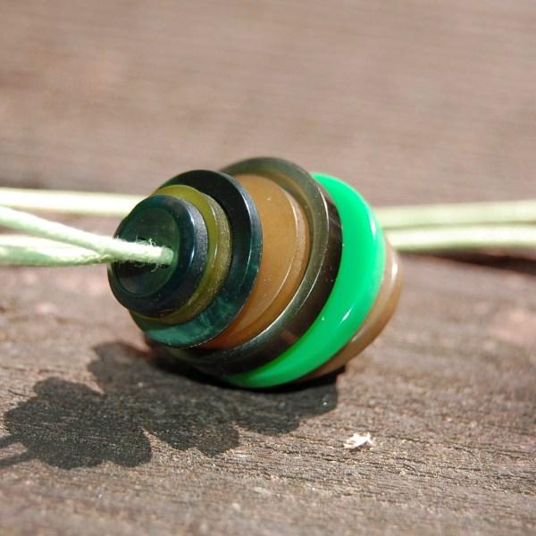 knopenketting #16 groen door studio paars
