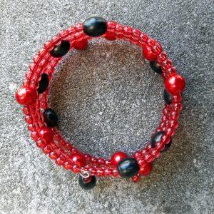 spiraalarmband rood en zwart door studio paars