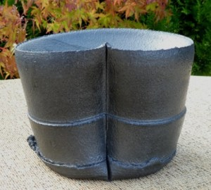 M6 - Dan Kelly stoneware vessel. This was made before Dan marked his work but was included and originally sold in his Harlequin Gallery 2006 solo exhibition. The height is 11.7 cm (4.6 inches) the maximum width is 15.5 cm (6.1 inches) and the maximum depth is 13.2 cm (5.2 inches) £285