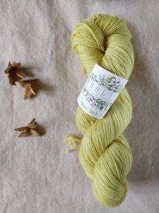 natural dye reed plumes yarn