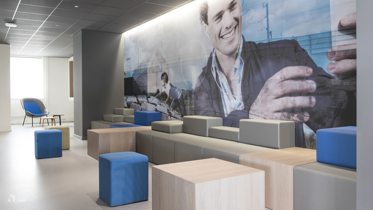 CRM restaurant_corridor