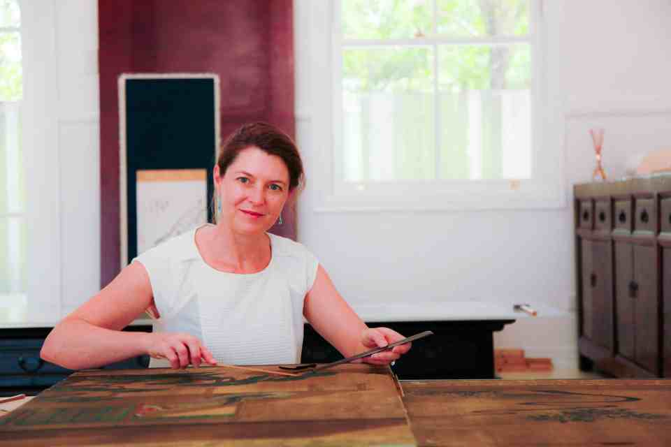 Jennifer Loubser, art conservator