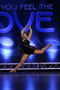 Groove Dance Competition