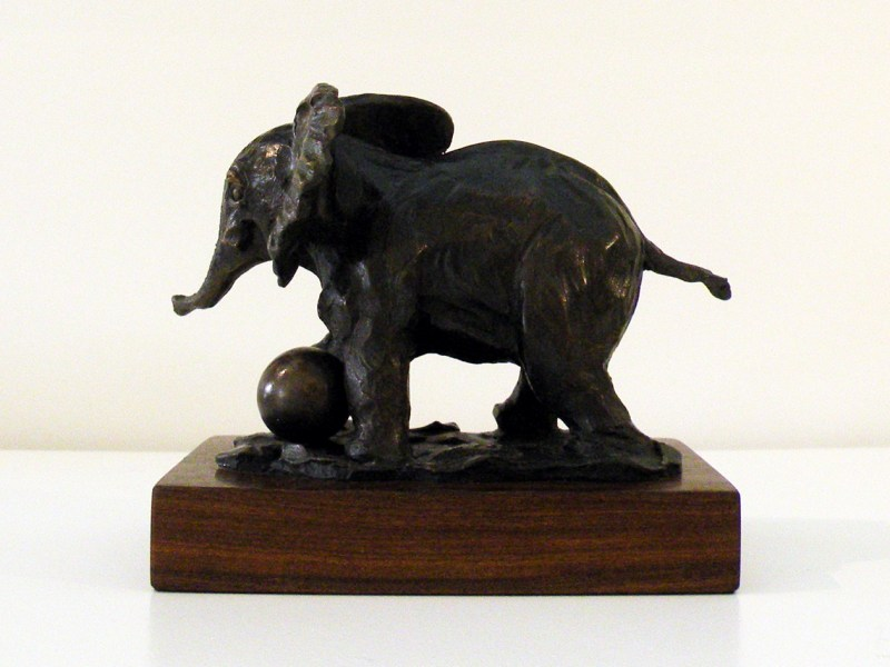 The Studio Art Gallery - Richard Gunston Sculptures - Baby Elephant Detail 1