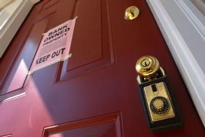 casa pignorata cartello sulla porta